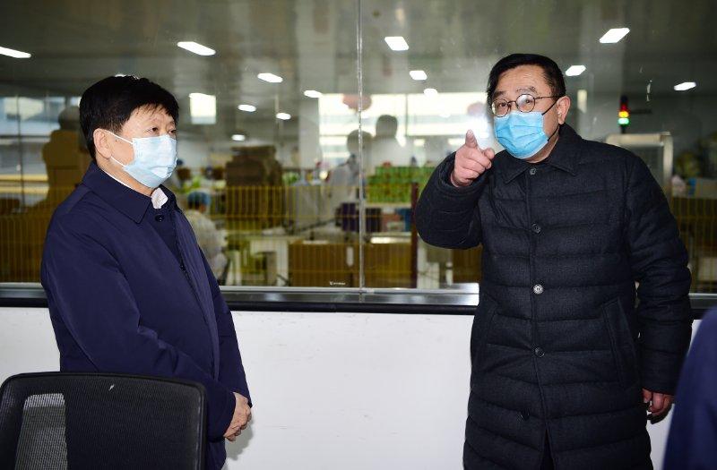 省委常委、市委書記邢國輝蒞臨一然,調研檢查疫情防控、復工復產工作。